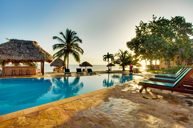 when to go to belize